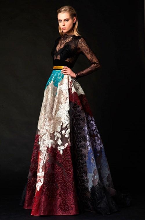 شاهدي تصاميم حسين بظاظا التي اختارتها الملكة رانيا