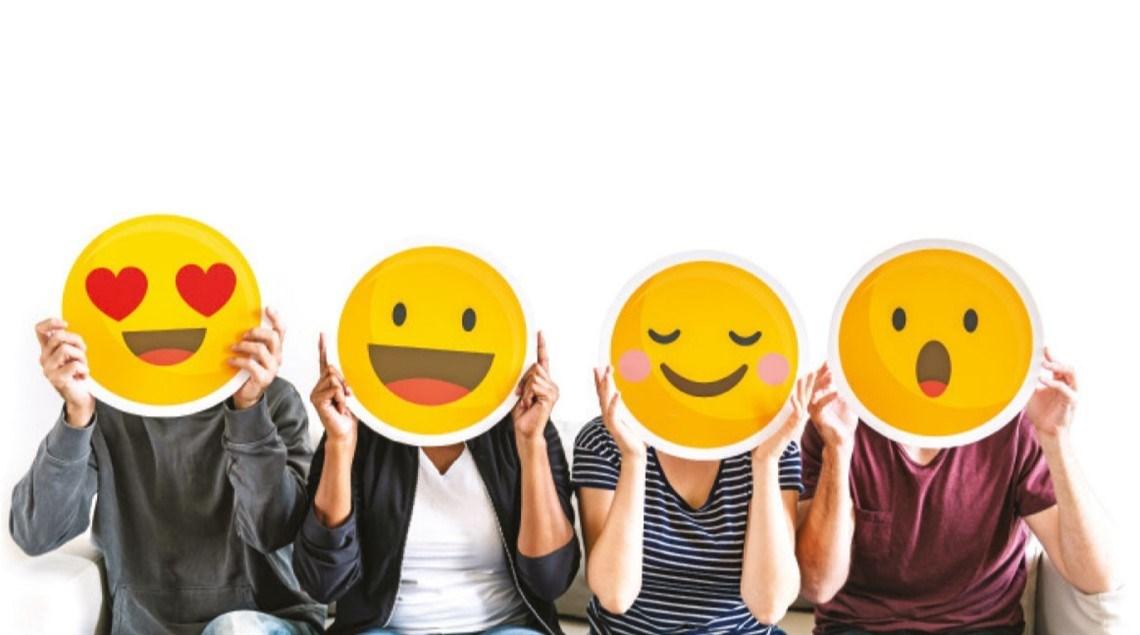 السعداء لا يعرفون الـ«سوشيال ميديا»