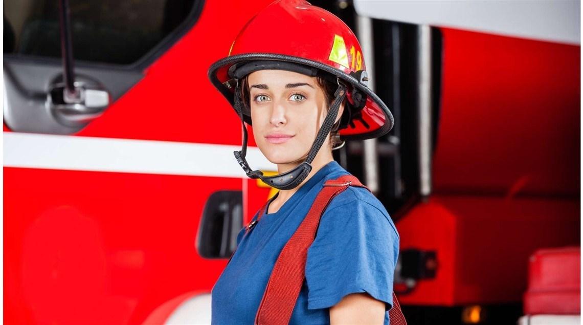 النساء العاملات في فرق الإطفاء أكثر عرضة للتفكير في الانتحار!