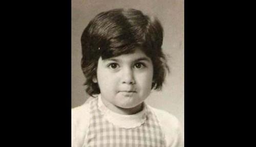 1971 ولدت في مدينة جبيل بمحافظة جبل لبنان