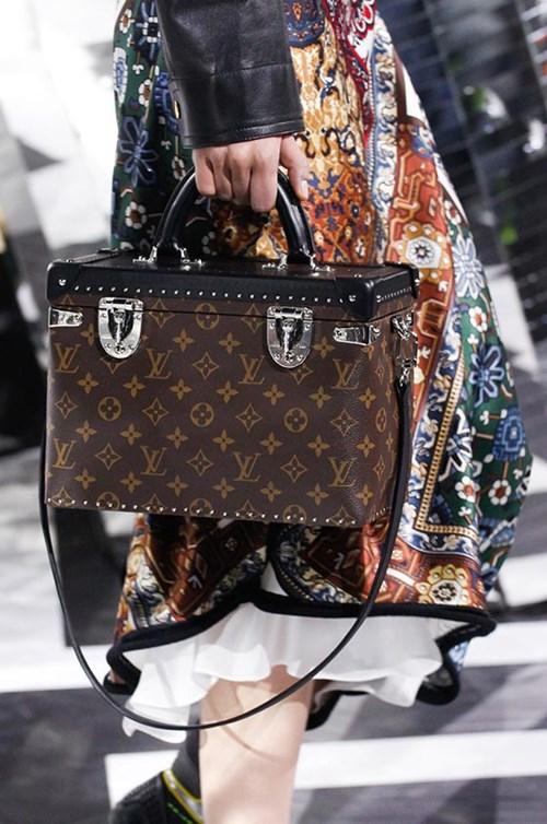الحقائب والأحذية من Louis Vuitton لخريف 2016