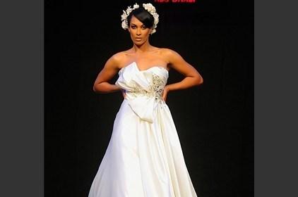 فستان زفافكِ بتصميم طوني يعقوب