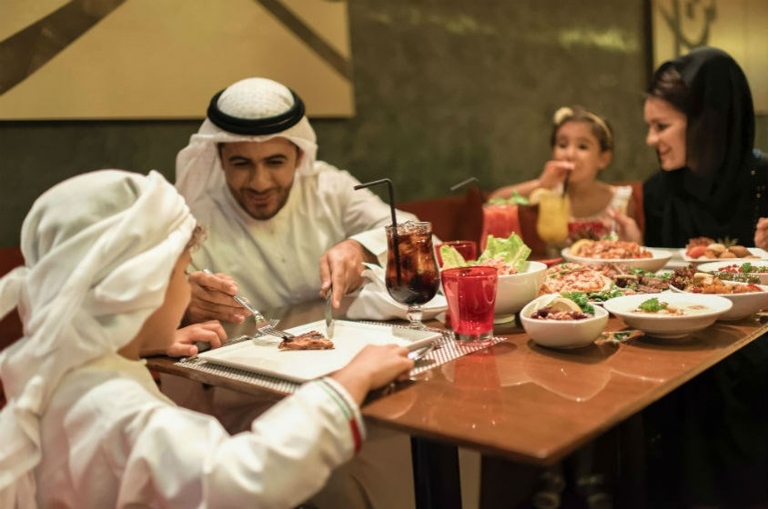 """مطعم """"الباروك"""" فسحة لقضاء أماسي عائلية على أنغام عربية"""