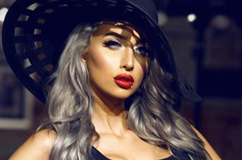 روز.. عارضة أزياء سعودية بمواصفات عالمية