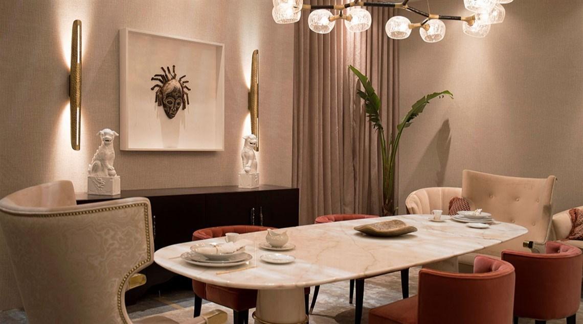غرفة طعام من الرخام الأبيض
