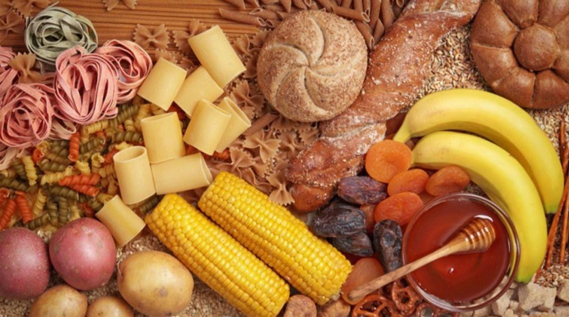 خمس أنواع من المجموعات الغذائية تحسن نفسيتك