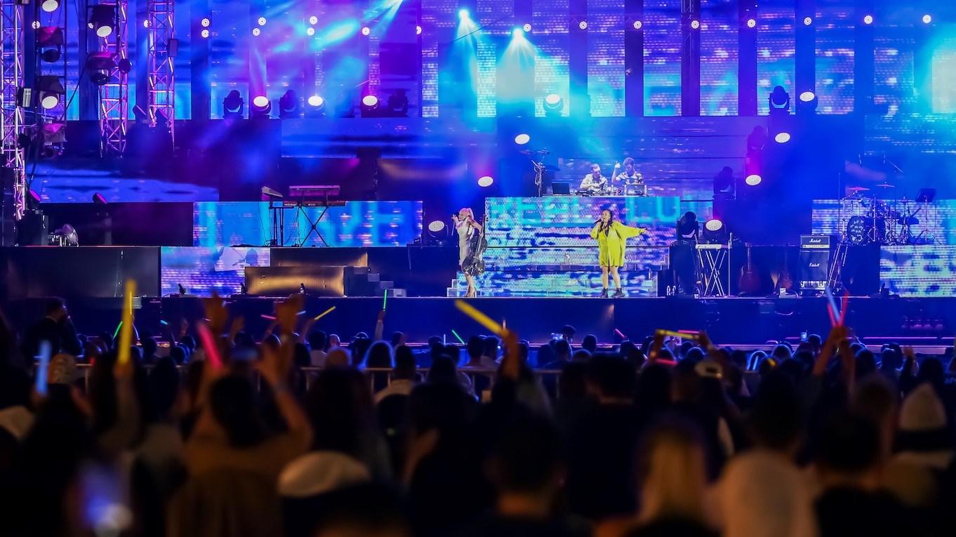 مهرجان دبي للتسوق يشهد إقبالاً جماهيرياً على عروضه