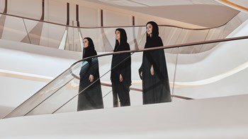 يوم المرأة الإماراتية.. زهرة الخليج تستعرض شخصيات ملهمة