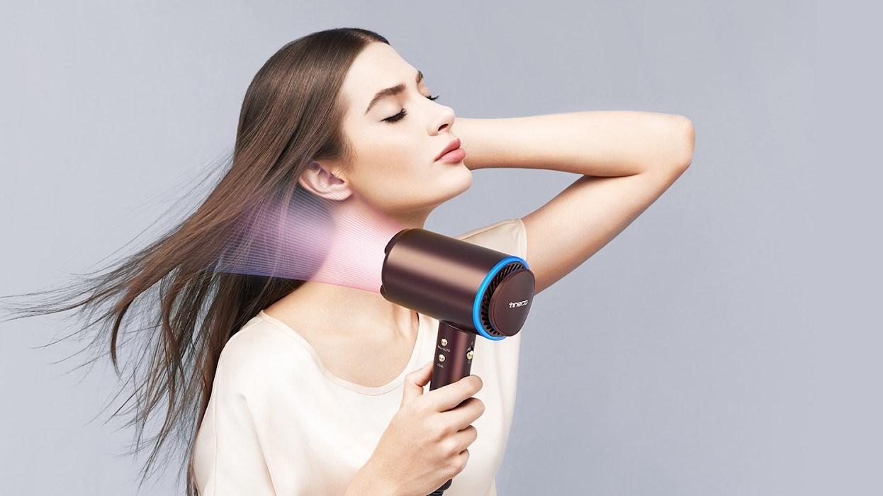 إليكِ أفضل أنواع مجففات الشعر اللاسلكية لعام 2021