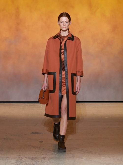 مجموعة الملابس الجاهزة لربيع وصيف 2022 من Hermès