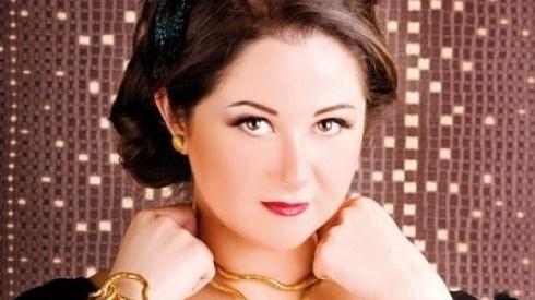 مي نور الشريف تعلق على ظهور صورة والدها في مسلسل «نسل الأغراب»