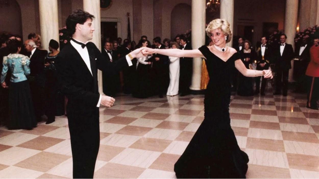 جون ترافولتا يكشف كواليس رقصته الشهيرة مع الأميرة ديانا