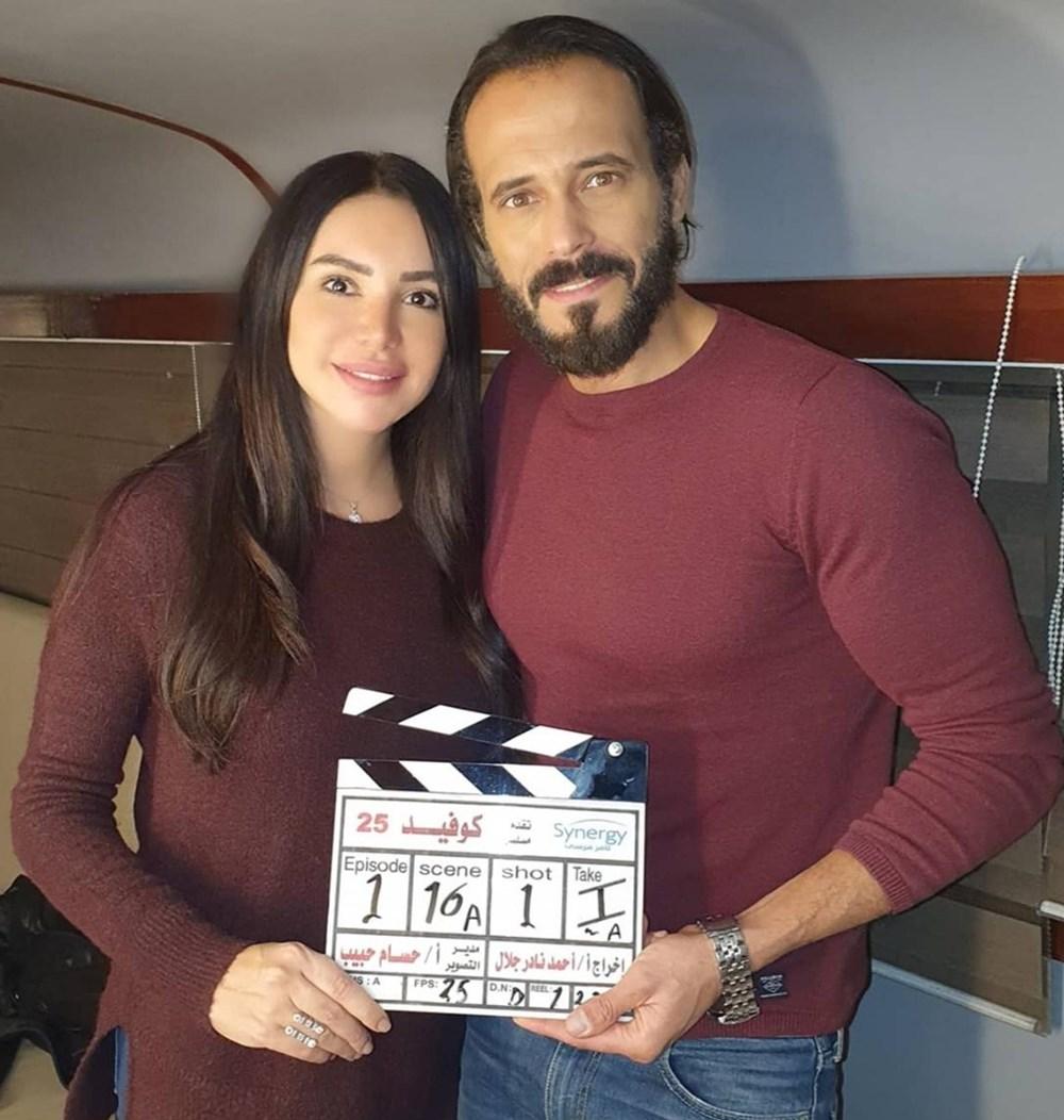 يوسف شريف وزوجته إنجي