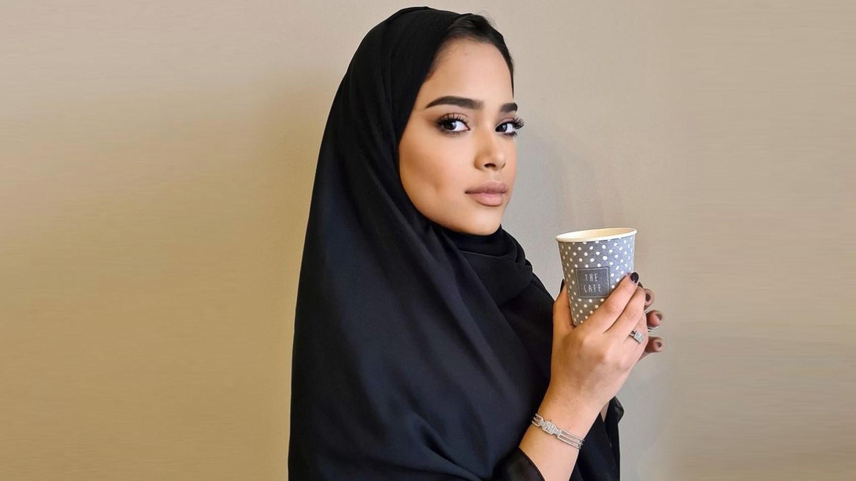 مشاعل الشحي تعتمد قصة الشعر القصير.. هل ناسبتها؟