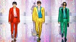 الألوان الفاقعة صيحة رائجة في أزياء الرجال لربيع 2022