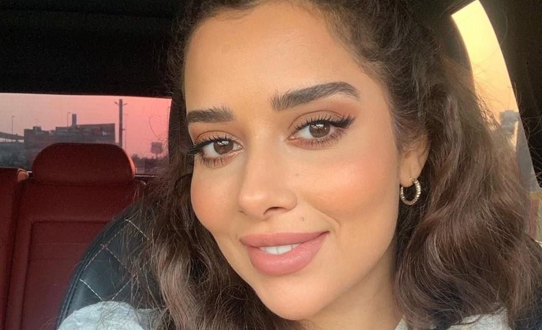 """بلقيس فتحي تحتفل بتصدر أغنيتها """"انتهى"""" الترند لمدة أسبوع متواصل"""