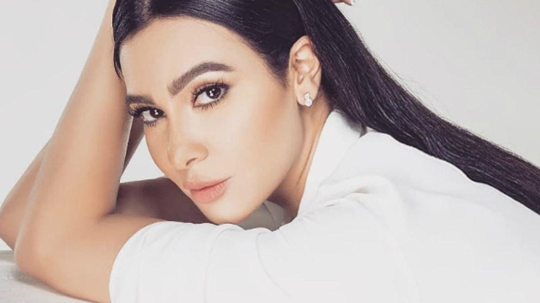 """ميريهان حسين تُقلِّد سميرة سعيد في أغنيتها الجديدة """"مون شيري"""".. وهكذا علَّقت"""