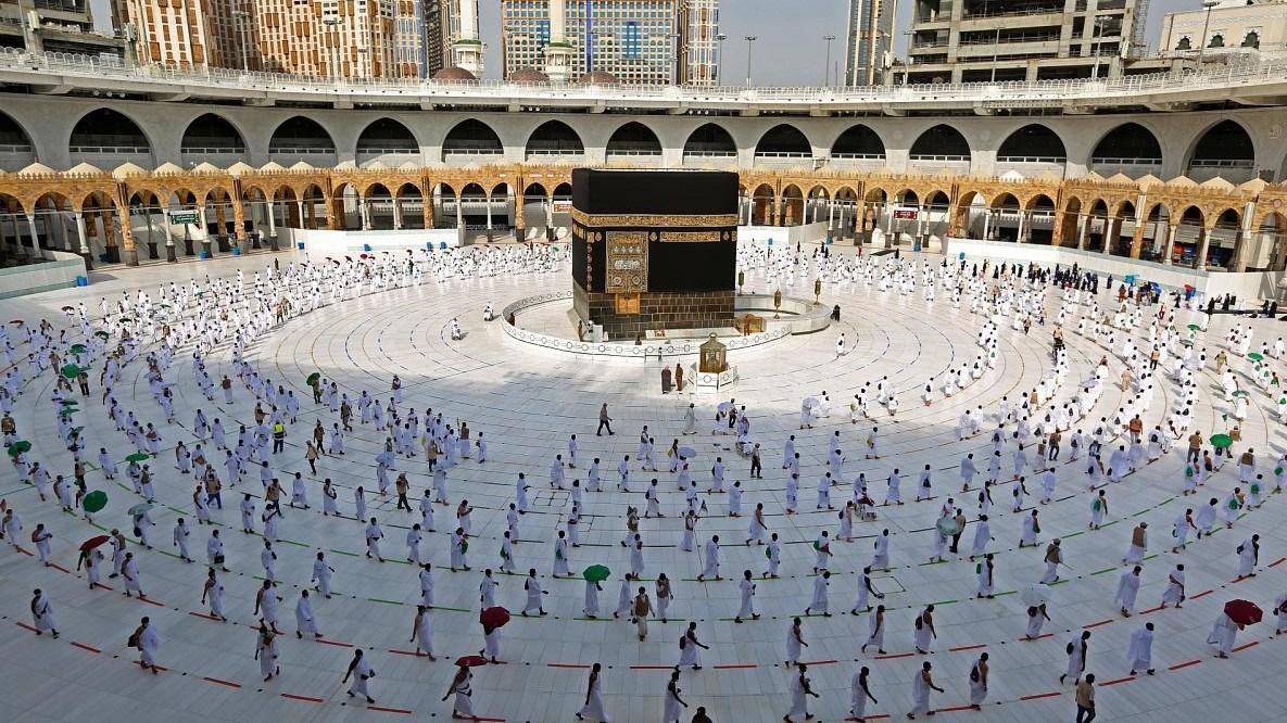 مكة المكرمة تستقبل طلائع الحجاج عبر 4 مراكز