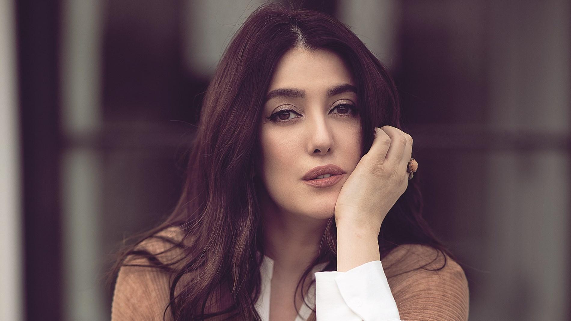 كندة علوش توجه رسالة إلى ياسمين عبدالعزيز: شغلتي بالنا عليكي