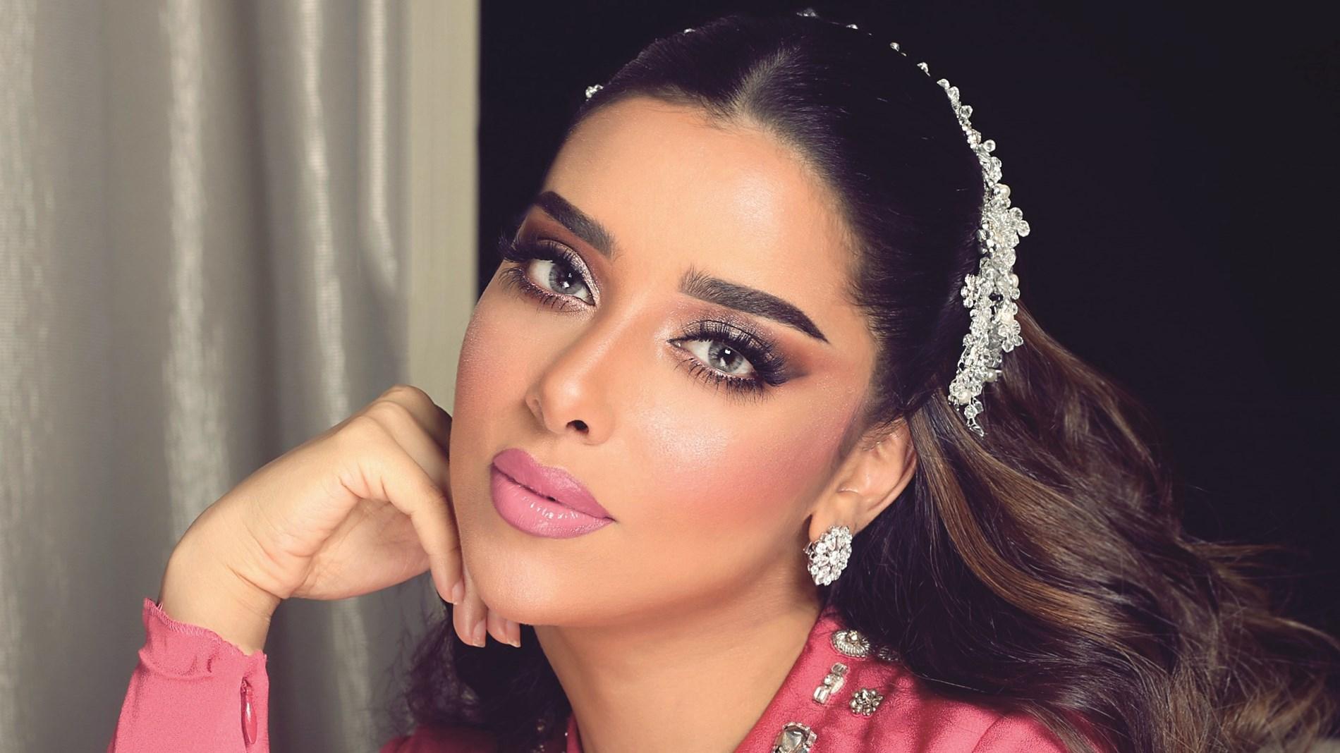 بلقيس فتحي توثق لقاءها مع والدها.. وتعلق: حبي الحقيقي