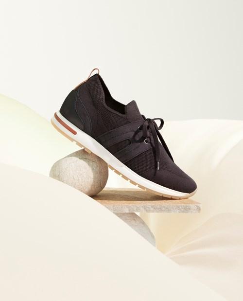 حذاء «360 Colorama» الرياضي من «لورو بيانا».. خفة عالية وتصميم مبتكر وأنيق