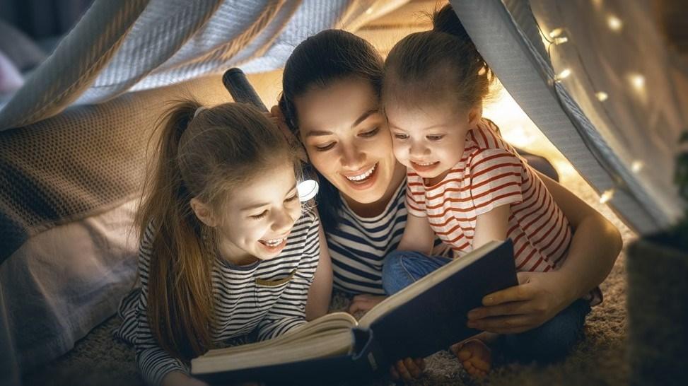 الوقت الأنسب لترك أطفالك يستخدمون «السوشيال ميديا»