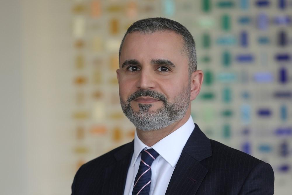 الدكتور حازم المومني