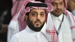 تركي آل الشيخ يعلن موعد انطلاق «موسم الرياض».. ونجوم الفن يتفاعلون