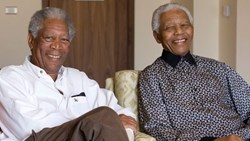 من نيلسون مانديلا إلى «كلاي».. مشاهير لعبوا أدواراً لشخصيات حقيقية قابلوها في الواقع
