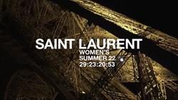 تتابعون مباشرة عرض أزياء سان لوران لصيف 2022
