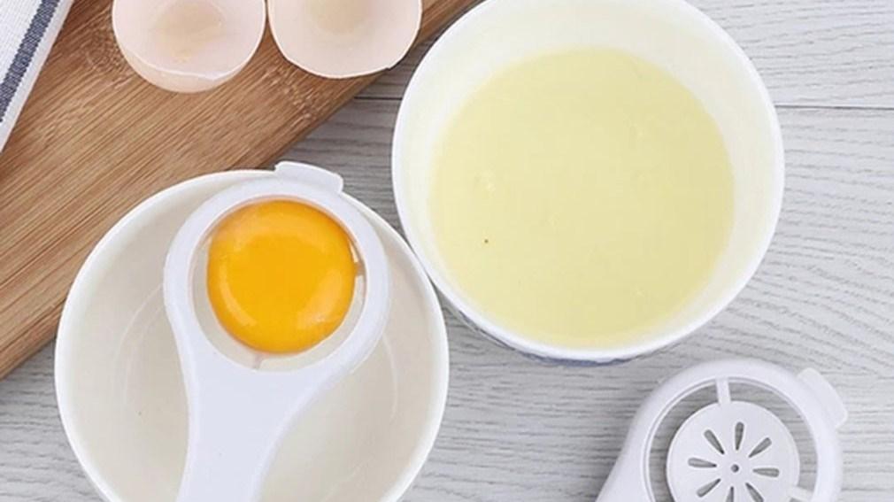 لهذا السبب.. لا ينصح الخبراء بتناول بياض البيض فقط